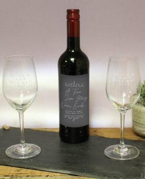 True Love Story Red Wine Gift Set 1