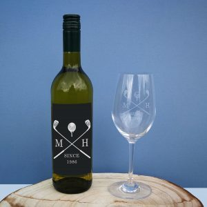 golf white wine gift set personalised bottle glass 2